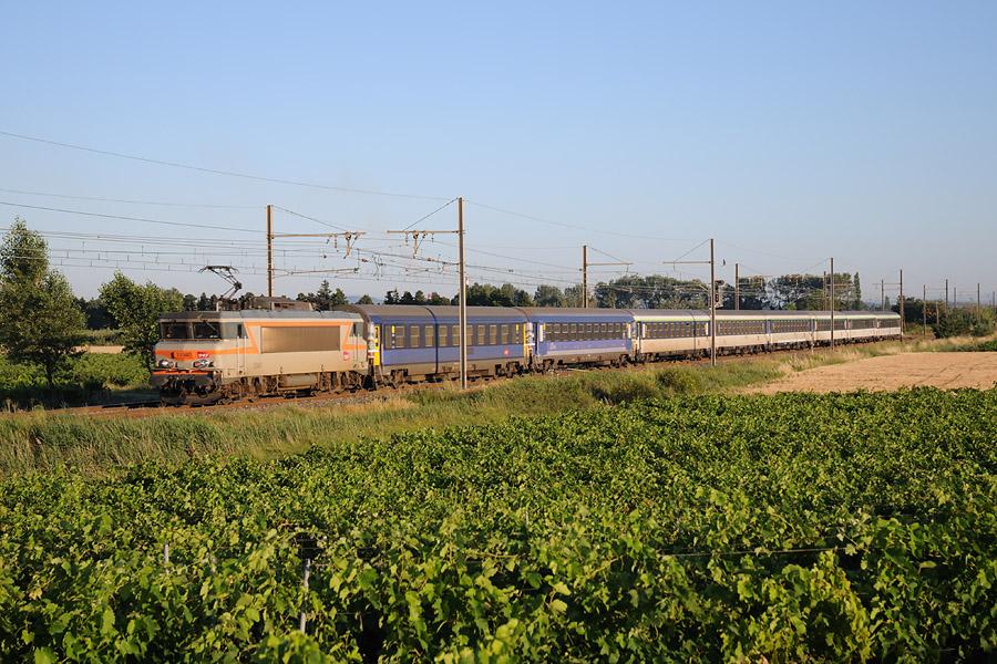 https://www.photos-de-trains.net/photos/7/1580.jpg