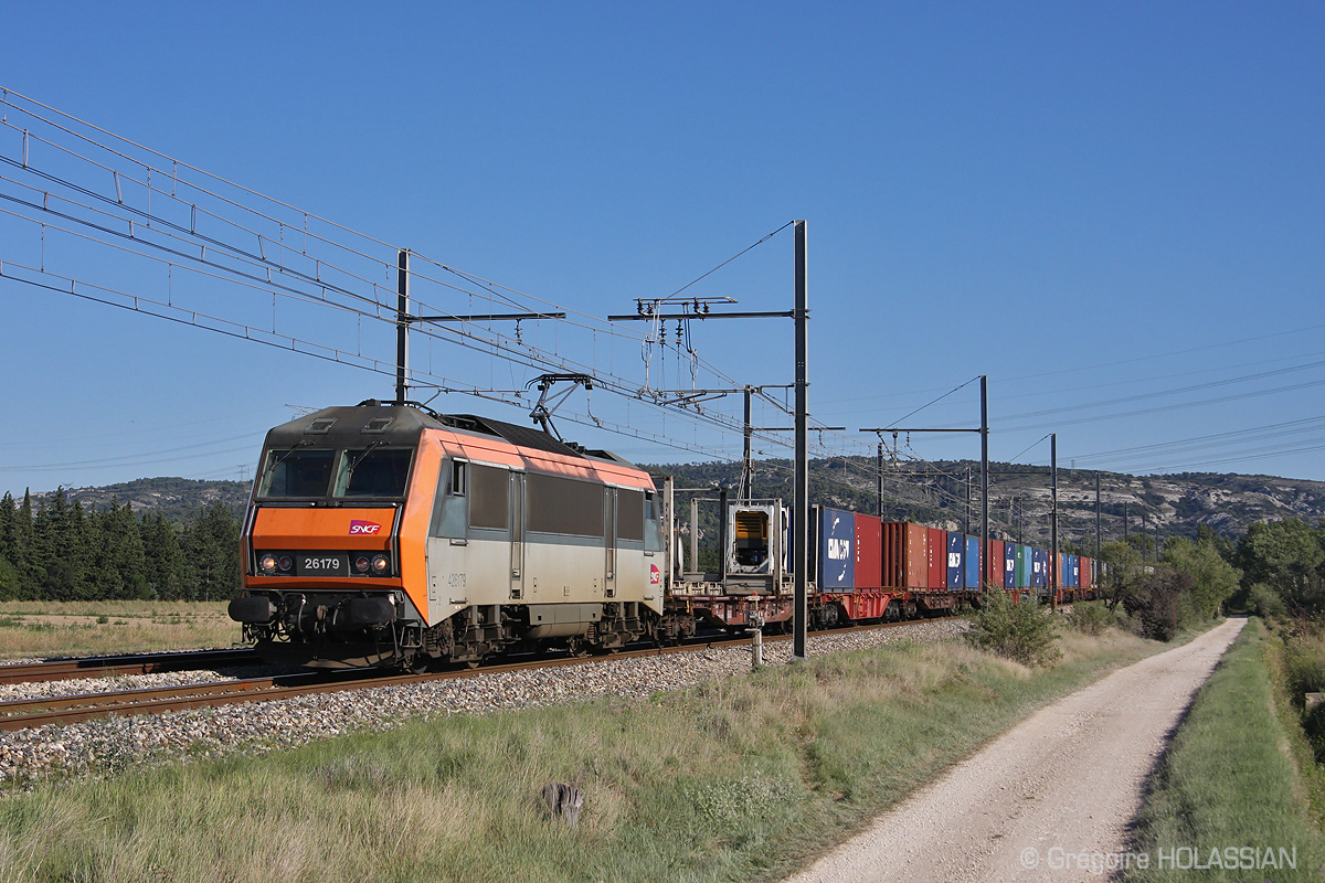 Photos de 26000 en provence pour la r gion - Salon marseille train ...